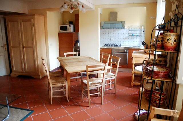 Michele Comfortable Vacation Apartment Inside Lucca Medieval Walls